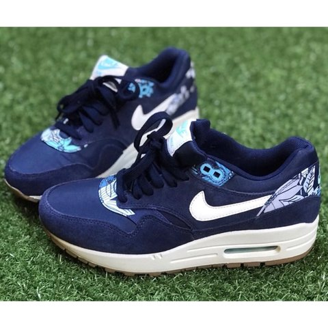4e365489e1 @narniatheboutique. 8 months ago. Lewes, United Kingdom. new & unworn,  vintage Nike Air Max 1 Aloha in midnight navy ...