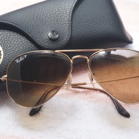 2f80c1dde8423  mckeebond. 9 months ago. United States. used ray ban aviators polarized w  gold  frame and brown ...