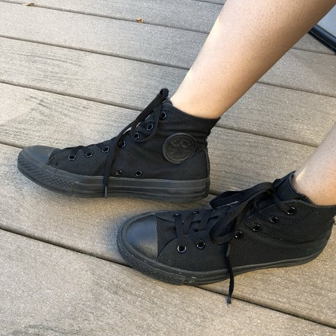 16d8cdfda031 all black converse high tops -great condition