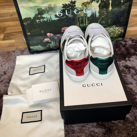 694243fe11a Selling a pair of the Gucci ace bee emroidered trainers in - Depop