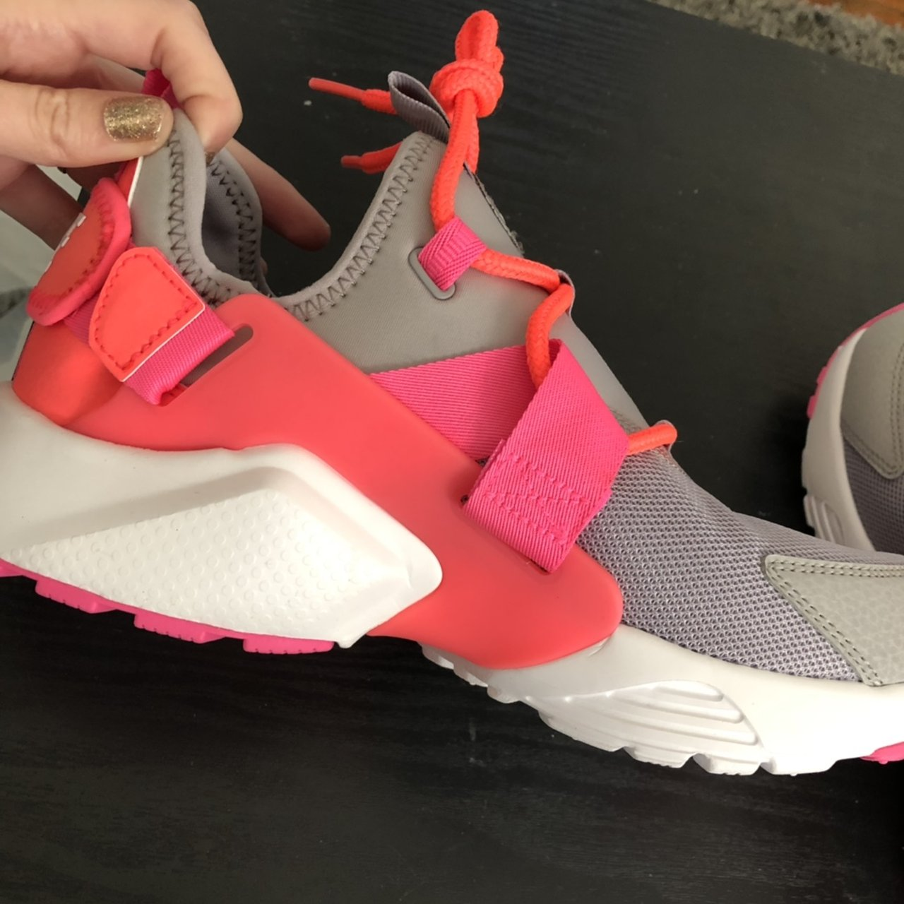 8a6b1df84b69 New pink and gray Nike