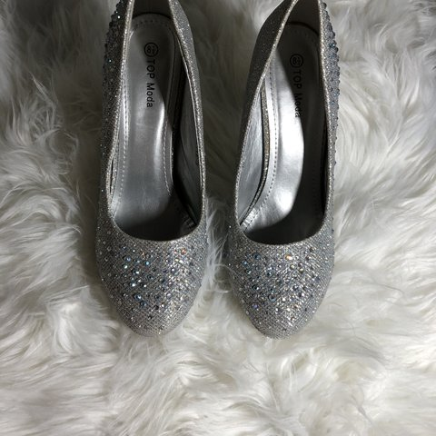 a2cf54ad980 ⚠️Final⚠ Price drop⚠ Silver bedazzled heels Make all your ...