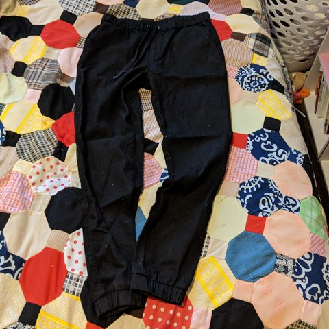 01ccf1e0bc9 Uniqlo black draw string casual pants. Made for cold waist I - Depop