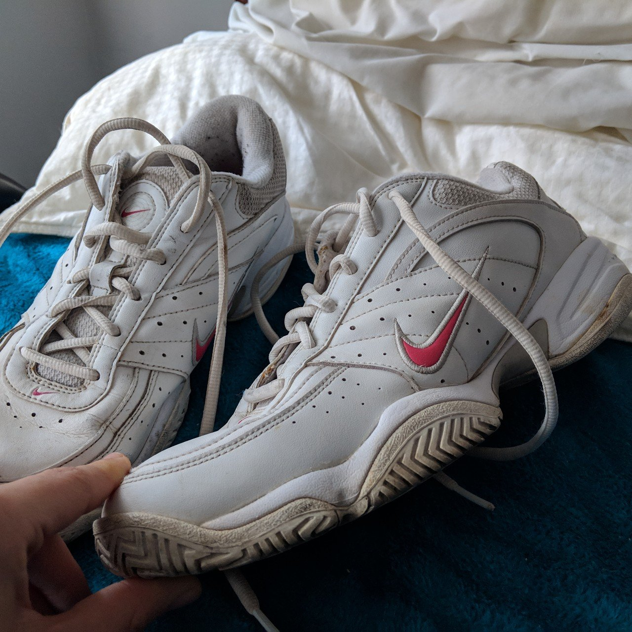 Make me an offer! Nike XDR sneakers. White but pre loved. 7 - Depop 0c35d2f3754a