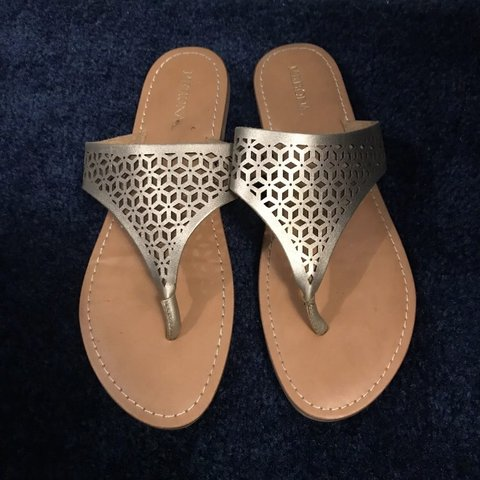168397451a06 Beautiful gold sandals from Target. Only worn one time. of - Depop