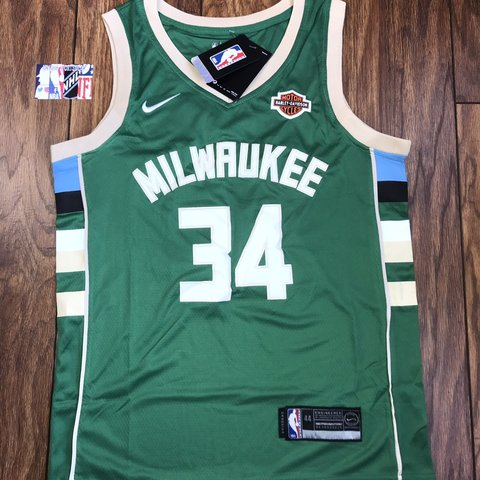 0d62b2926ce @bachner1. 4 months ago. Worksop, United Kingdom. Giannis Antetokounmpo  Milwaukee Bucks green nba Swingman Jersey ...