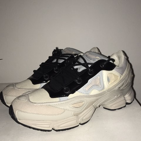 8fb74701453c Adidas X Raf Simons Ozweego III Cream White Core are from a - Depop