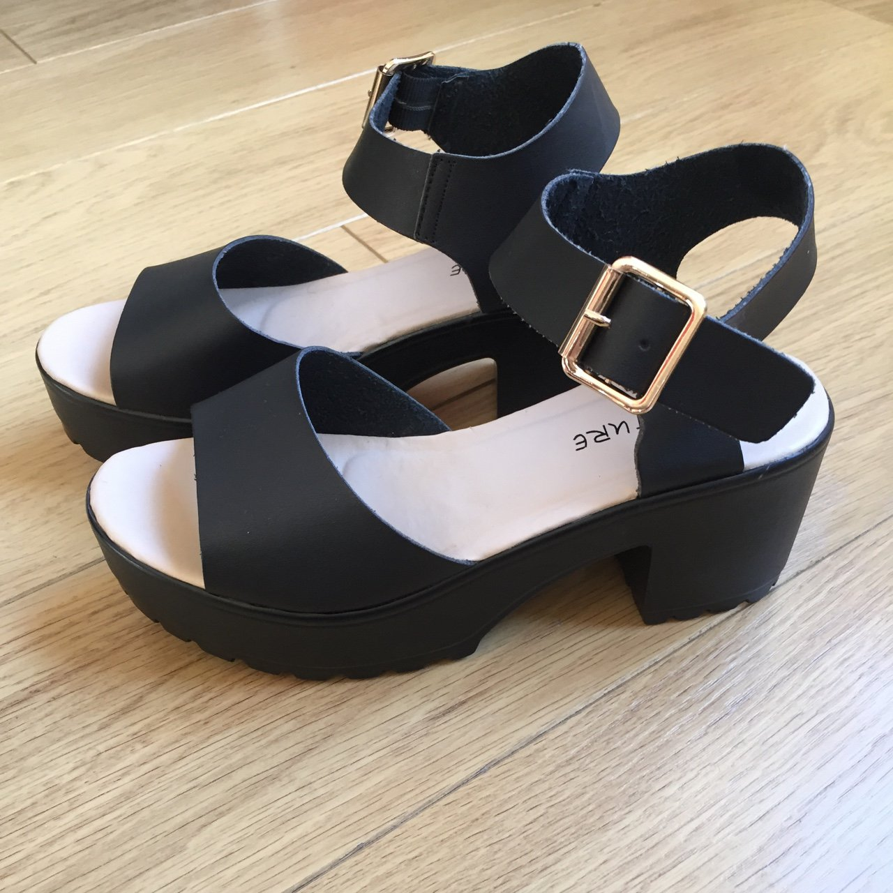f0acf902dc35 Boohoo chunky sandals. Size 5. Tried on at home and removed - Depop