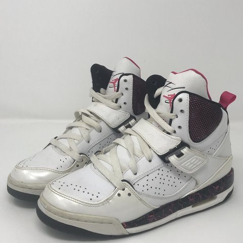 best loved 3ed86 341b1  baseledbetter. 5 months ago. Vacaville, United States. Jordan s Flight Pink    White Size 6 women s