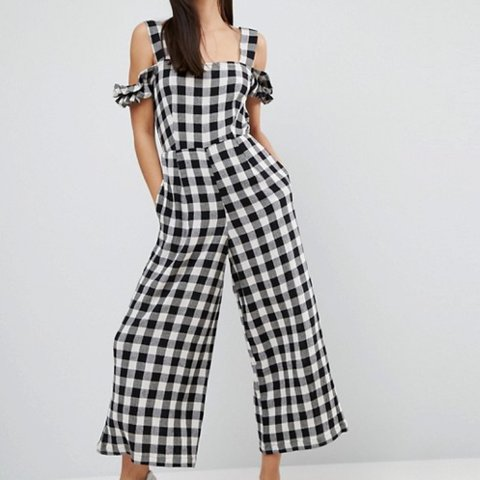 5b0cec49ebef Black and white gingham checked jumpsuit Asos Barely worn/ - Depop