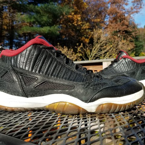 5101bffc03b 2011 Air Jordan 11 Low IE Mens size 11.5 These have a of - Depop
