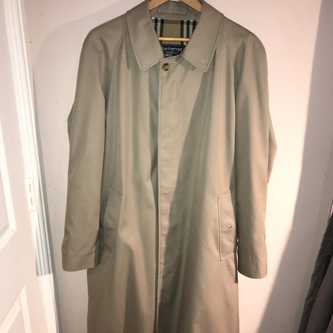 9c9a6ac75 @bossdrf. 8 months ago. Boston, United Kingdom. Burberry trench coat. Great  condition like new. Free postage