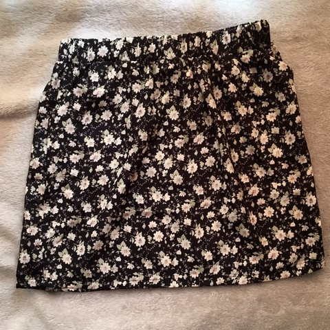 d3ee824996 @emilyd002. in 15 hours. Beccles, United Kingdom. ditsy floral print mini  skirt✨