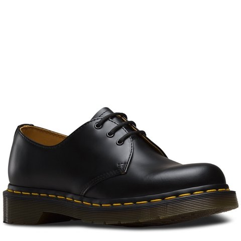 dr. martens low top 1461 smooth boots