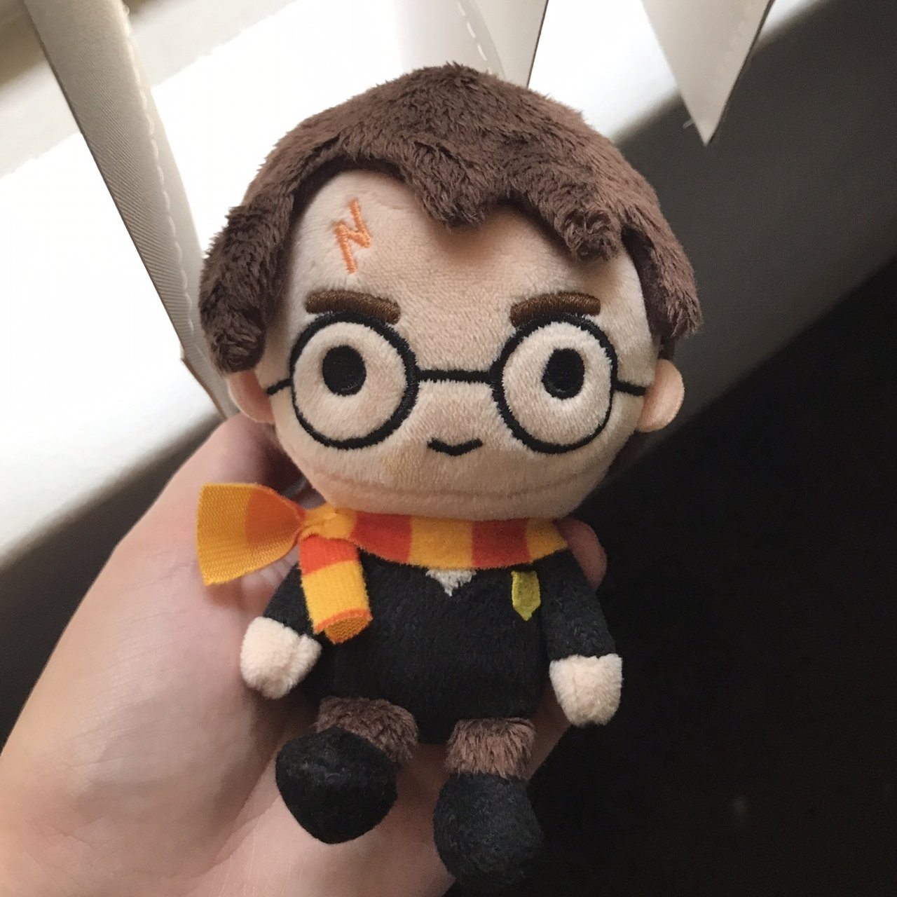 Adorable little Harry Potter beanie plushie. really soft 993b033836f