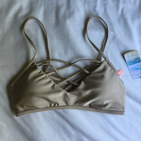 4357c43cd172f Crisscross bralette bikini top from Forever 21. Brand new in - Depop