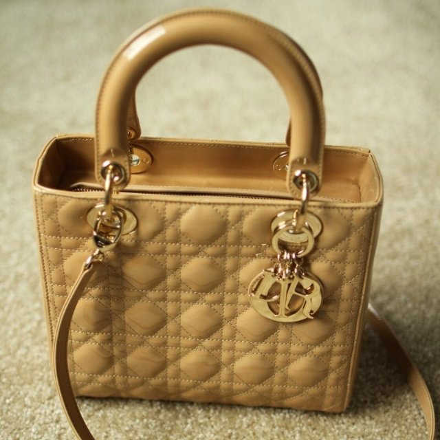 a3ba88386e4 @lukia1011. 5 years ago. Washington, United States. Christian Dior Medium  Lady Dior Beige Patent Leather & Light Gold Bag. Excellent Condition ...