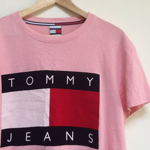 8938ebc00 @smileshack. 23 days ago. United Kingdom. Womens Tommy Hilfiger tshirt.  Pink spell out Tommy Jeans. Size large.