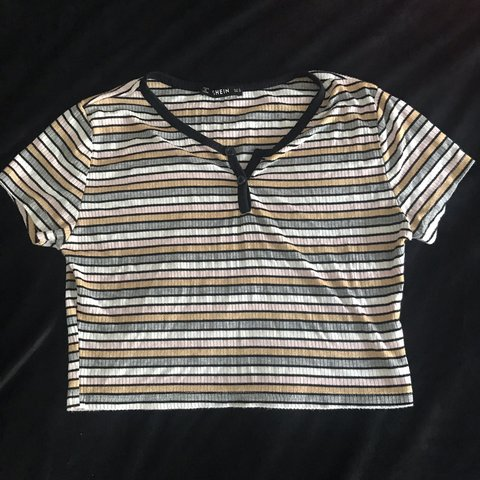 5aba4dbcc3 ⛓Shein {Crop Top}⛓ Adorable striped crop top! Can be paired - Depop