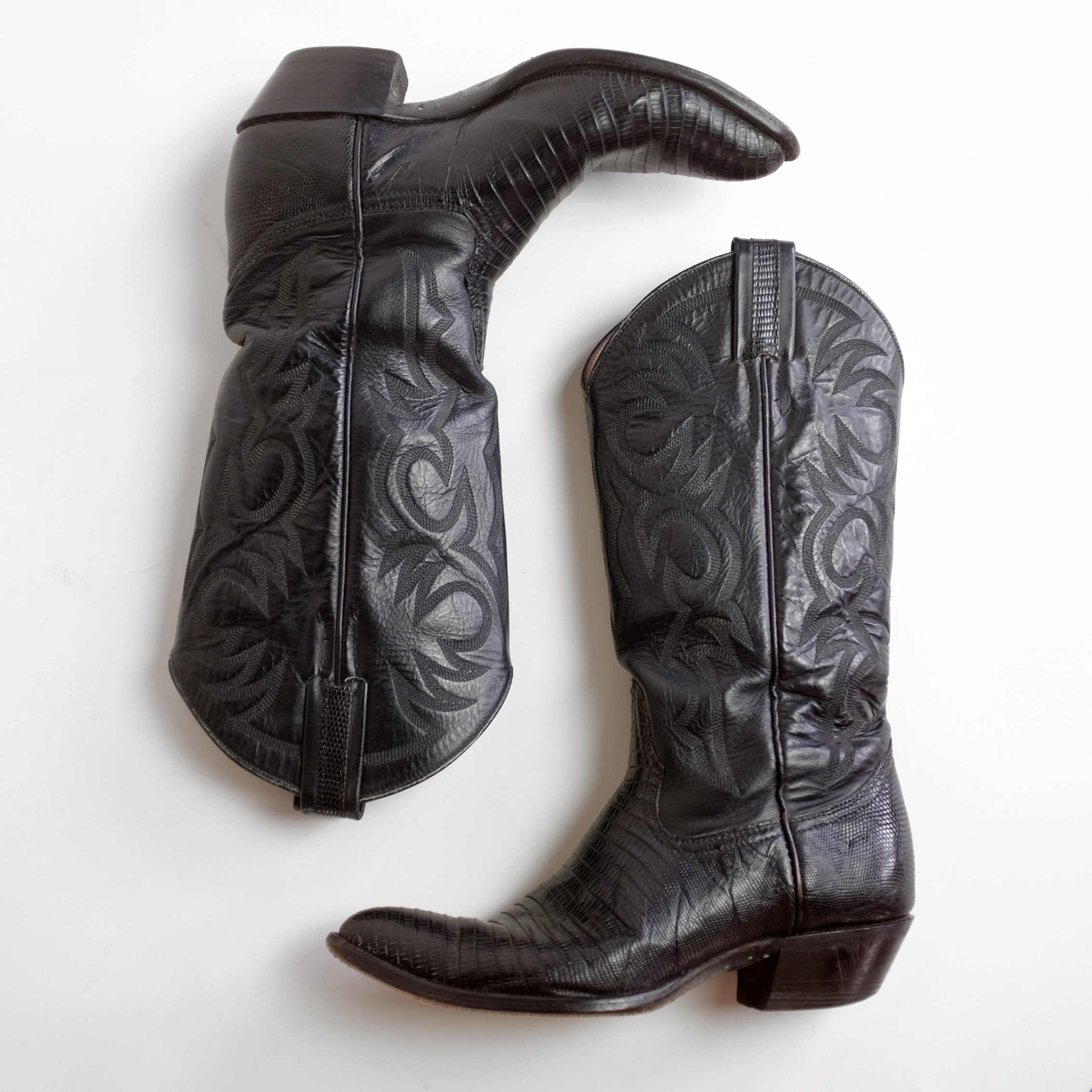 a97f0592d91 Vintage Larry Mahan cowboy boots. Black leather with... - Depop