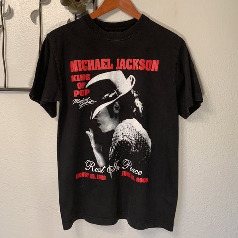 "87f9616443b4 ""R.I.P Michael Jackson"" T-shirt - Amazing. Bottom line"
