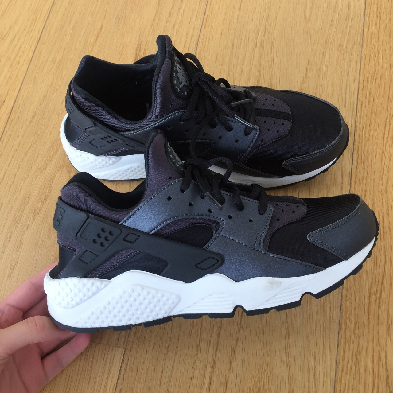size 40 4ead8 9bd52 Nike Air Huarache Run Special Edition. Black. Very... - Depop