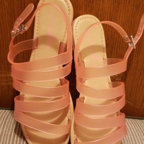 2f960417ee7 Size 10 womens jelly sandals in peach color. In good and - Depop