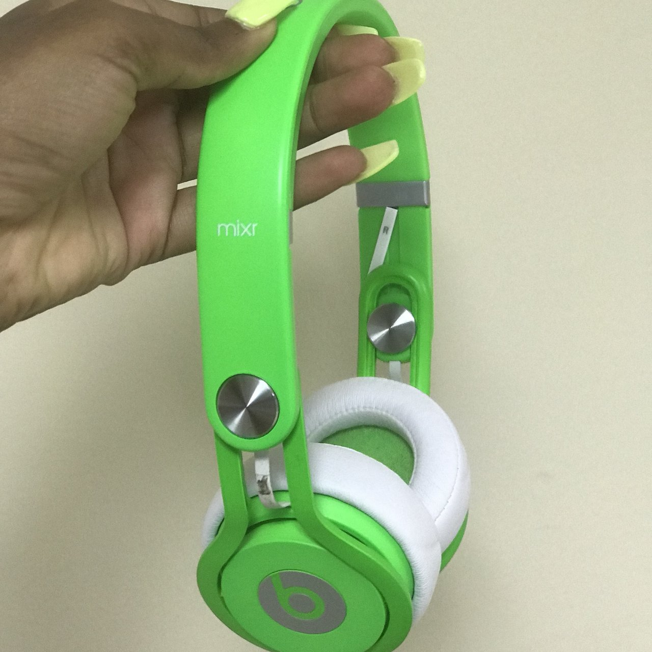 Lime Green Beats Mix Headphones With The Cord Gentle Used Depop