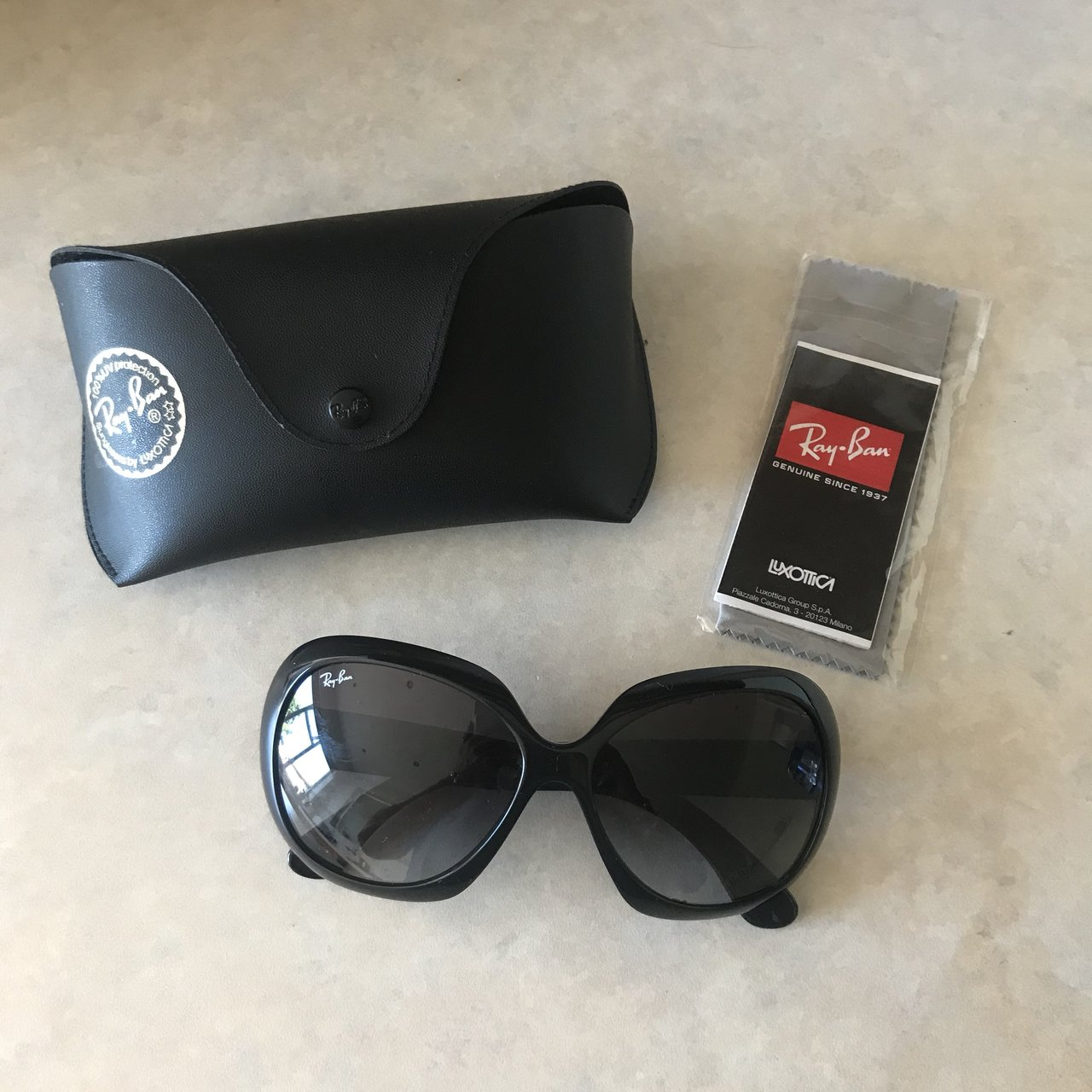94a0753954e60 Depop Package Ohh Still Ban Ray Brand Make Sunglasses New In qOHxgSz7