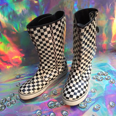 51d5f262a2 Y2k Vans Checkered Rain Boots🏁🏁 Boots open and close on an - Depop