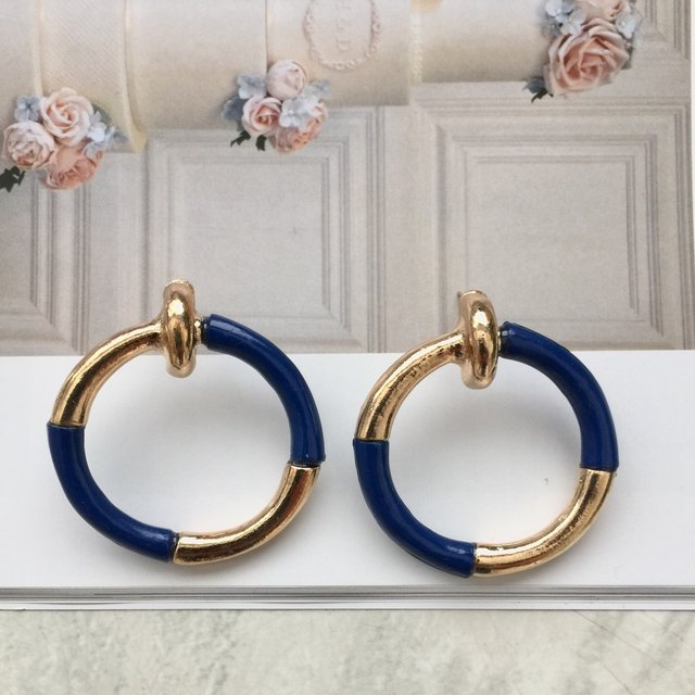 Nautical gold and blue gold alloy round earrings