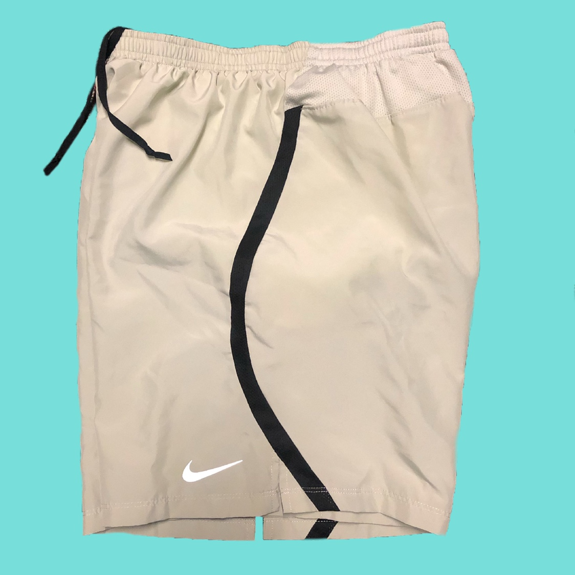 nike shorts without pockets