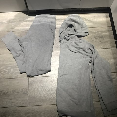 9fb3ff801d3 Mens Zara tracksuit Size small Bottom and top Top tee - Depop