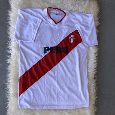 74c323128 Official Peru 🇵🇪 soccer jersey size XL. In great condition - Depop