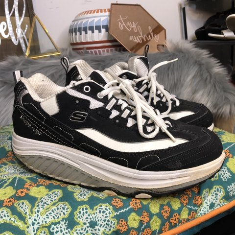 e6affefe @donttellmel. 7 months ago. Anderson, United States. Skechers Shape Ups  Good condition Black ...