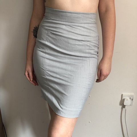4c4b2d44e399 @jowitham. 11 months ago. Ashbourne, United Kingdom. H&M light grey pencil  skirt ...