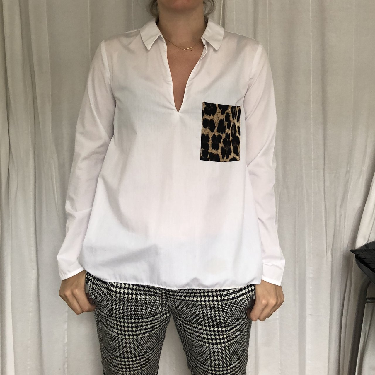 a436425bf6493 White shirt with leopard print detail from Zara Size worn - Depop