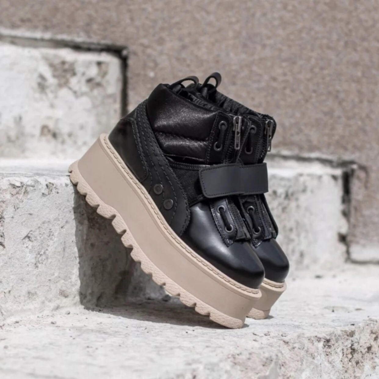 sports shoes 62941 188f6 Fenty X Puma by Rihanna Sneaker Boot Strap Platform ...