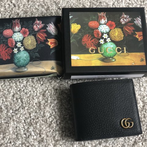 bad9134ece5c @steengt. 8 months ago. Northbrook, United States. 🔥Gucci GG Marmont  leather bi-fold wallet🔥 Black leather