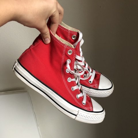c0116f74586b FOR  koritreanor Red high top converse -size 5 in and - Depop