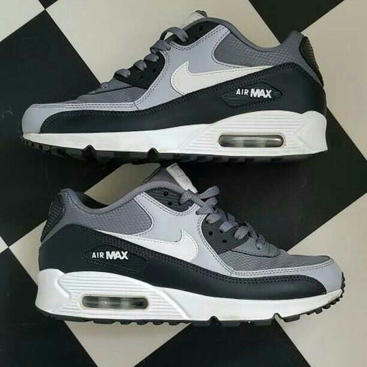 7c56018bb36e Nike air max 90s essentials amazing condition. Size 7. Only - Depop
