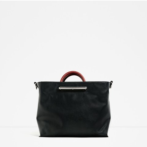 a3cc629d27 @taracrow. 3 months ago. Los Angeles, United States. Large faux leather  purse from Zara ...