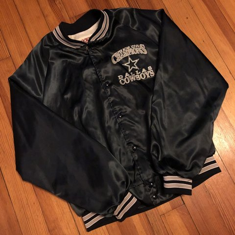 cheap for discount 2bfbb c8b34  thejuiceisloose401. 11 months ago. Pawtucket, United States. Dallas Cowboys  Locker Line Satin Jacket super bowl ...