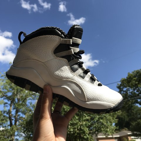 5b86fa1f62c91e Air Jordan Steel 10 s 👟 Size 5Y 👶🏽 Slight fraying