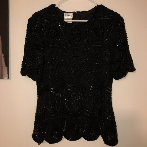 1d79f3150a6608 @cosmic_krys. 4 months ago. United States. Beautiful black Sequin blouse.