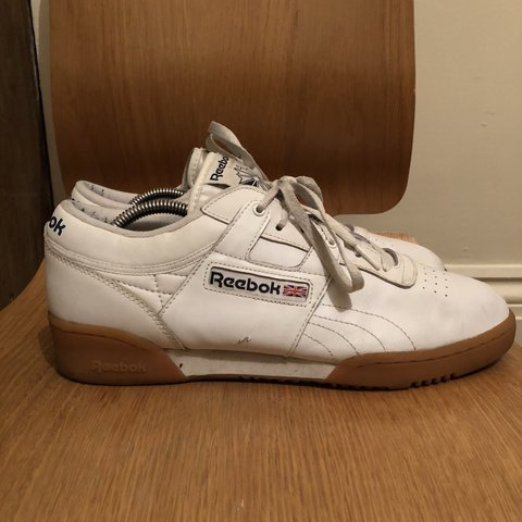 b7f4a59d69d Reebok Classic Low Clean with gum sole. Size  9.5 Worn a few - Depop