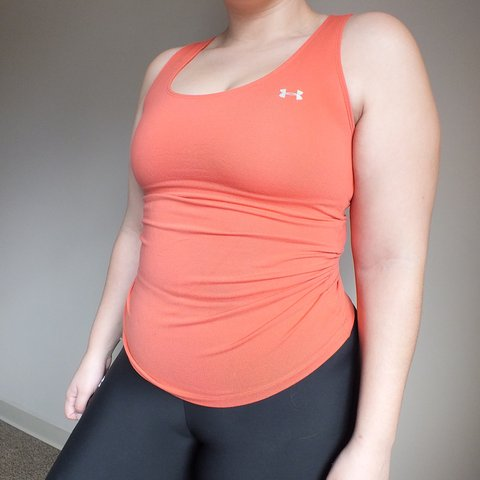 d87c61028 coral under armour top. stretchy