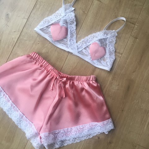 💭 White Lace Bralet with Peach Heart Satin Appliqué and set - Depop 9f549dad0