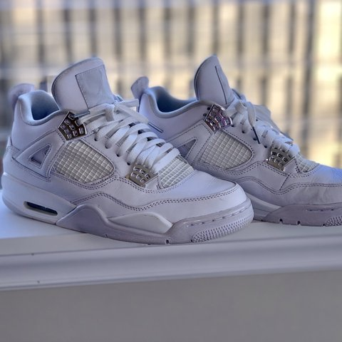 248de5fc83b83a Air Jordan 4 Pure Money Retro (2017 Release) 8 10 Condition - Depop