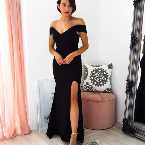 8e92968e70ff Oh hello clothing) Black off the shoulder dress, can also - Depop